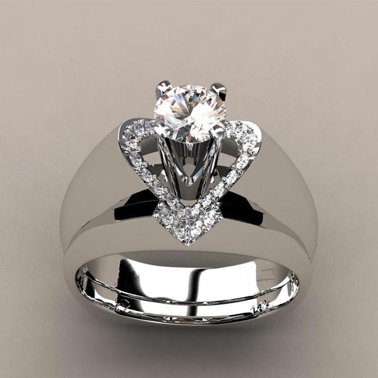 Unique Wedding Ring.Round Cut Heart Unique Bridal Ring Sets