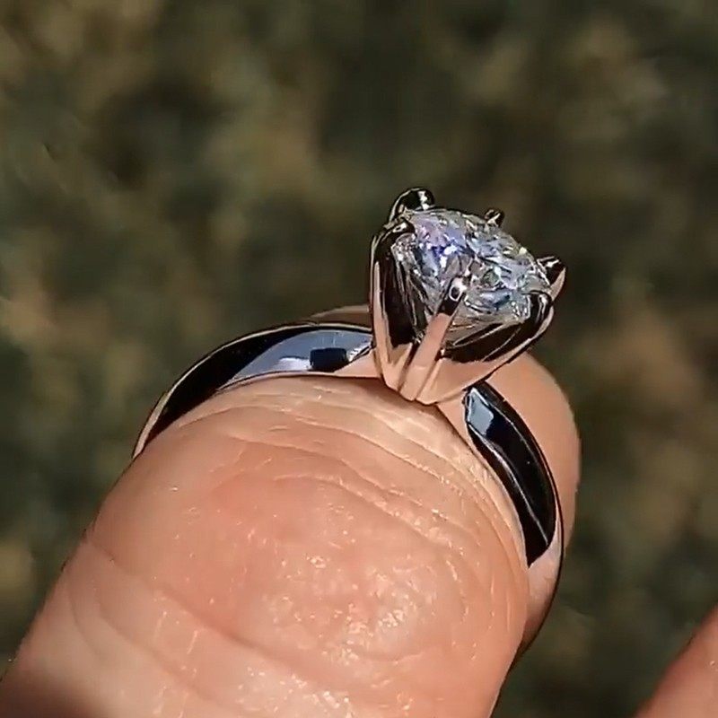 6.1CT Round Cut White Sapphire 925 Sterling Silver Classic Engagement Rings