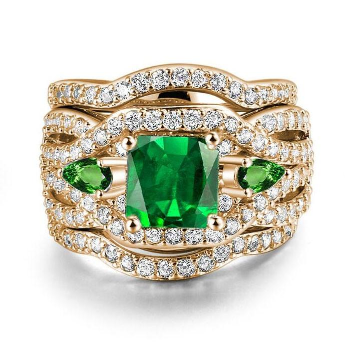 Princess Cut Emerald Rose Gold 3-Piece Three-Stone Bridal Sets