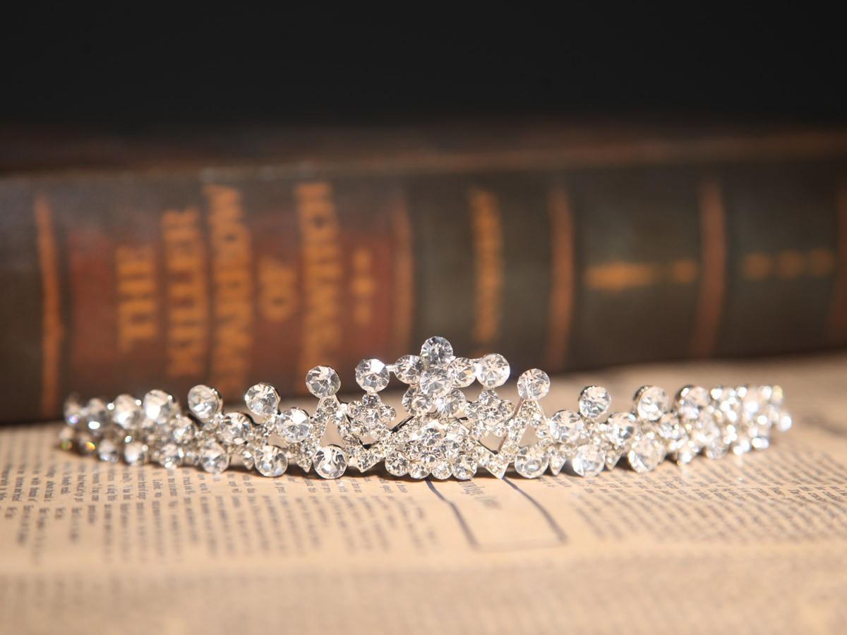 Amazing Alloy Clear Crystals Wedding Headpieces
