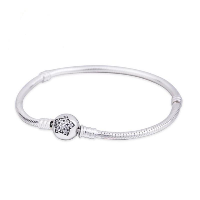 Star Crystal Round Shape Clasp Bracelet Sterling Silver