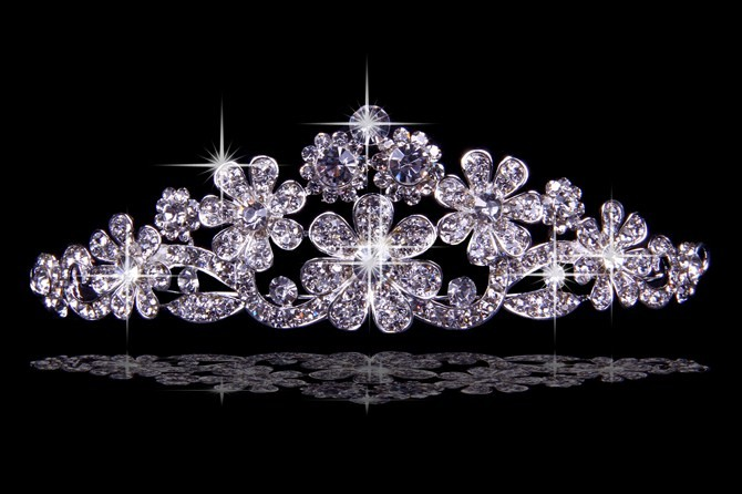Elegant Alloy With Czech Rhinestones Flowers Wedding Headpieces