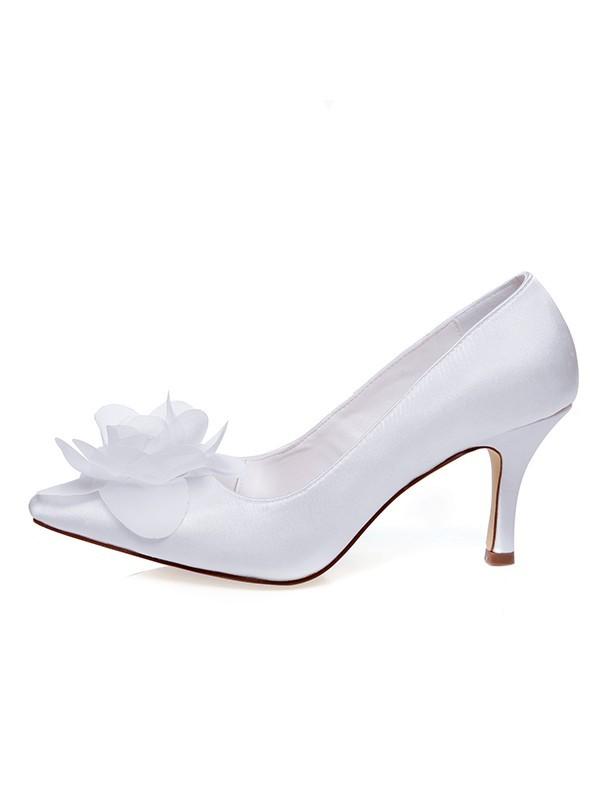 Women's Satin Closed Toe Spool Heel Flower Wedding Shoes