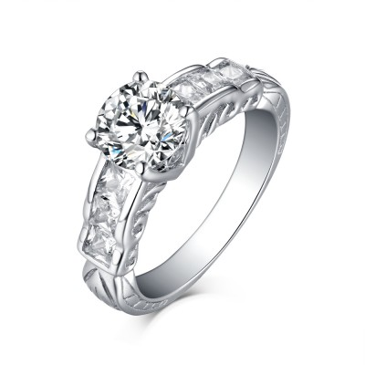 Lovely Round Cut White Sapphire 925 Sterling Silver Engagement Rings