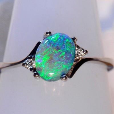 Cute Oval Cut Fire Green Opal Rings