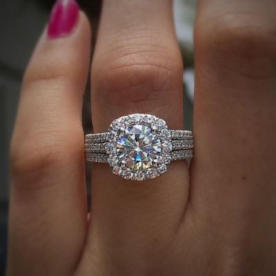 Round Cut White Sapphire 925 Sterling Silver Halo Engagement Rings (Moissanite Available)