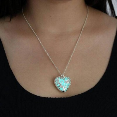 Heart Design Glow in the Dark Necklace
