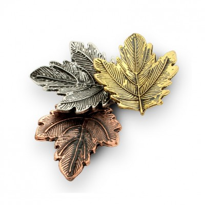 Colored Autumn Leaves Single Needle Brooch