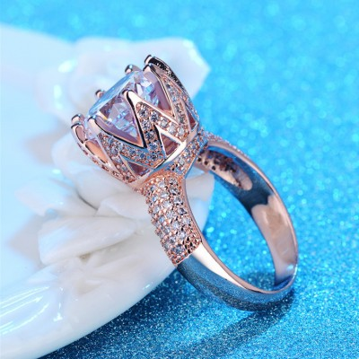Round Cut White Sapphire Rose Gold Classic Engagement Rings