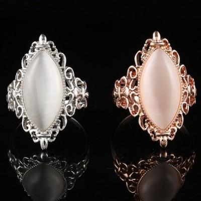 Vintage Oval Opal Rings for Women