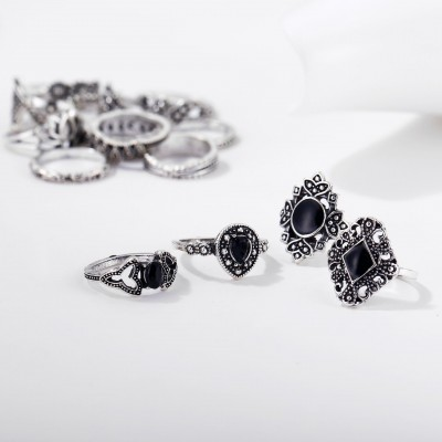 Fashion Black Sapphire Lotus Hollow 15-Piece Ring Sets