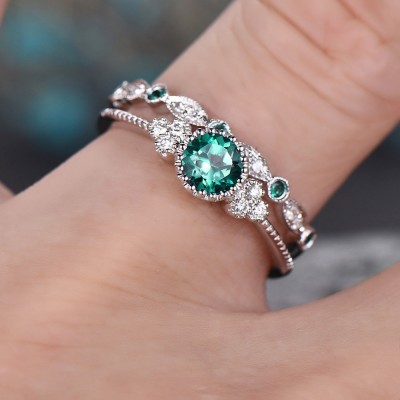 Round Cut Emerald Bridal Sets