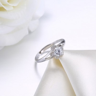 Flower Round Cut White Sapphire S925 Silver Engagement Rings