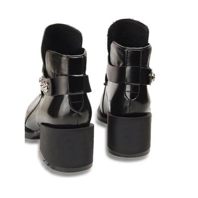 Women's Cattlehide Leather Closed Toe Kitten Heel With Rivet Black Booties